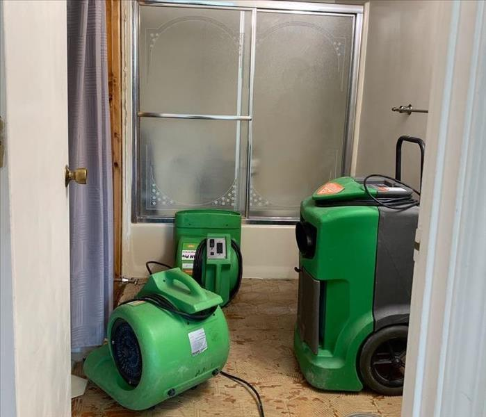 SERVPRO equipment drying bathroom